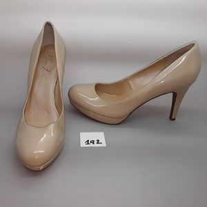 "Marc Fisher ""Sydney2"" Nude Patent Pump Size 8.5"